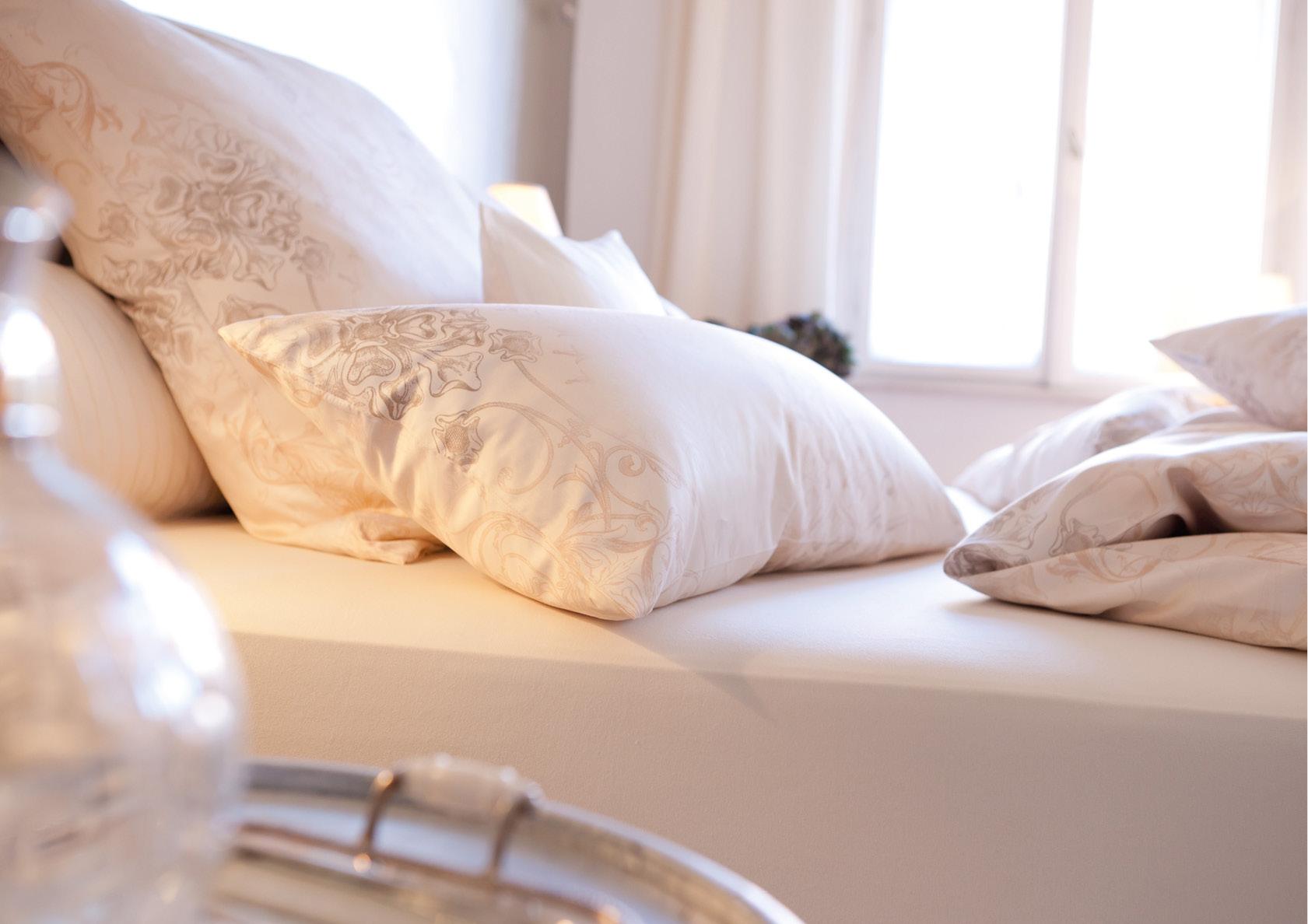svizzera betten thoba handels gmbh. Black Bedroom Furniture Sets. Home Design Ideas