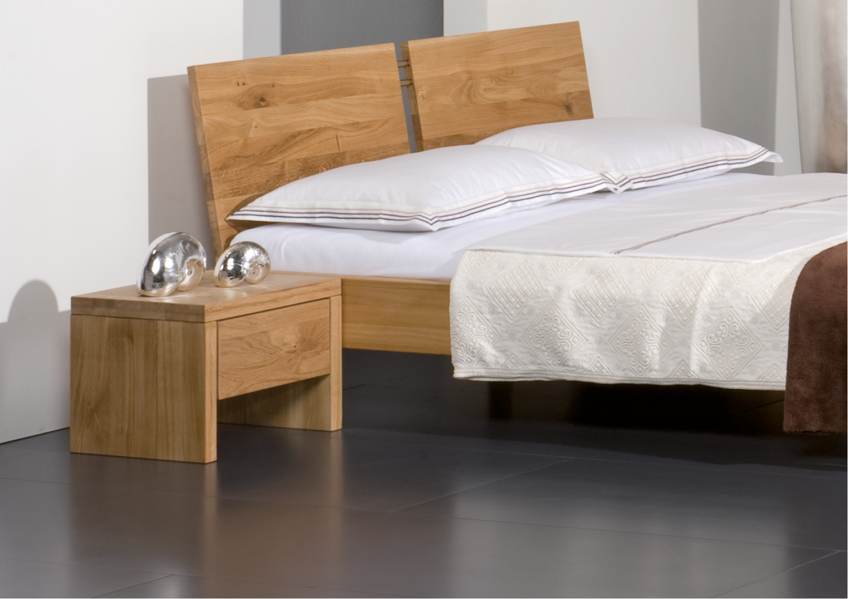nachttisch asti betten thoba handels gmbh. Black Bedroom Furniture Sets. Home Design Ideas